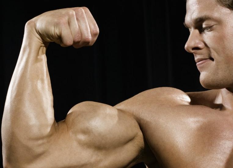 Vous voulez des plus gros biceps ? Quelques astuces à essayer absolument