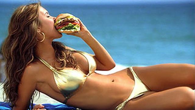 Pourquoi a-t-on encore faim après un fast-food ?