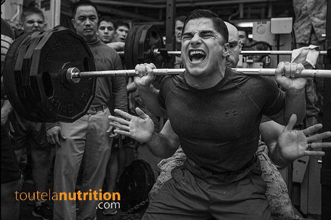 Pousser plus lourd au squat : ce que vous devez savoir