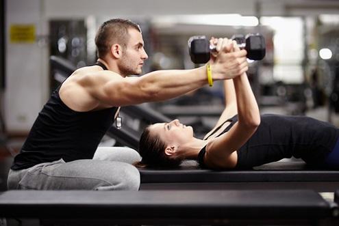 Comment la musculation vous aide à rester jeune