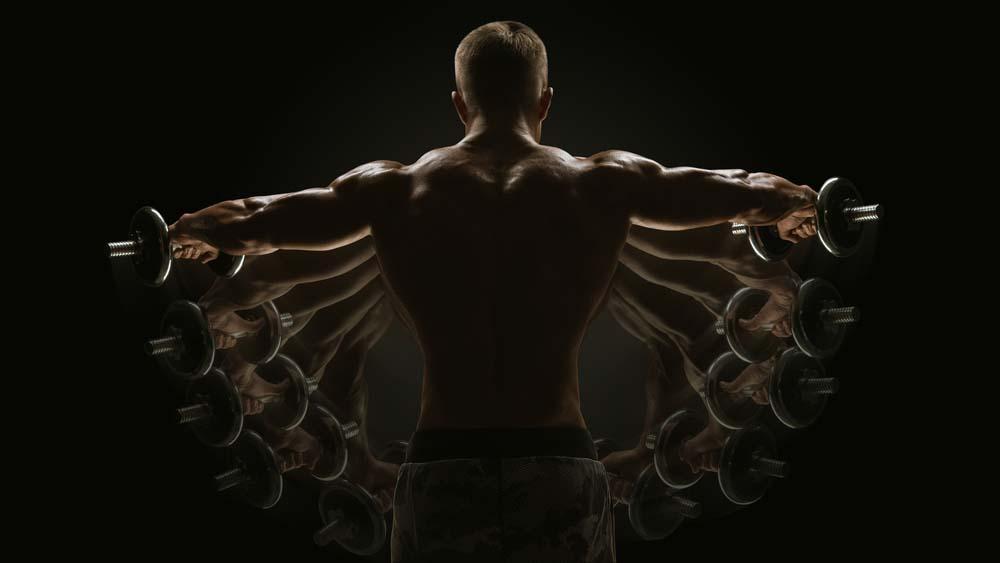 Les élévations latérales pour muscler les épaules