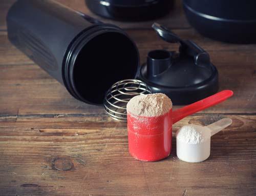 Est-on obligé de consommer de la protéines en poudre?