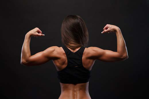 Muscler les épaules femmes