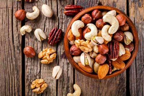 les noix et la construction musculaire