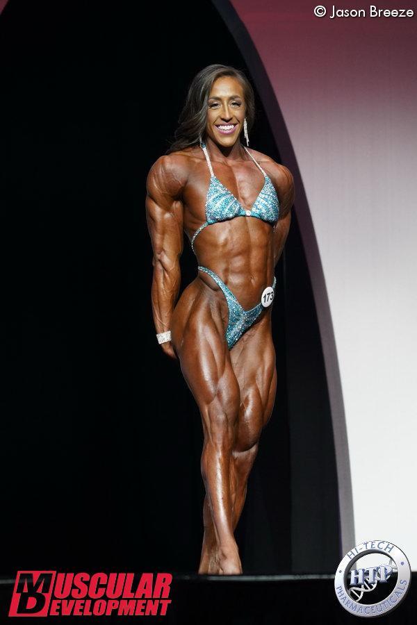 Sarah Villegas, 2ème en Women's Physique