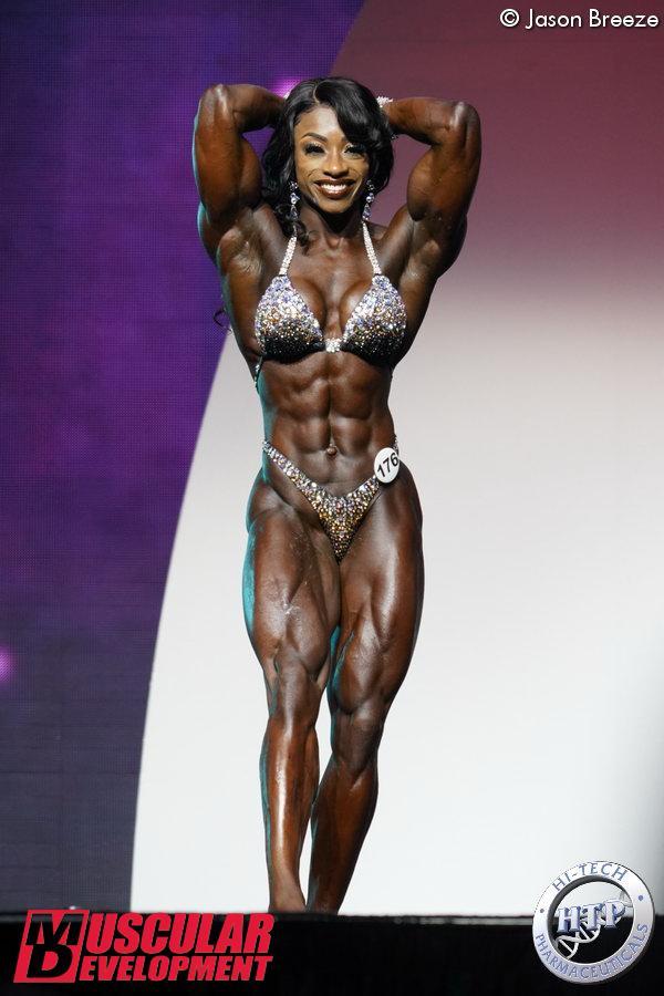 Shanique Grant, vainqueur en Women's Physique