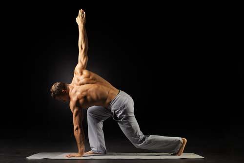 Le yoga fait grossir les muscles