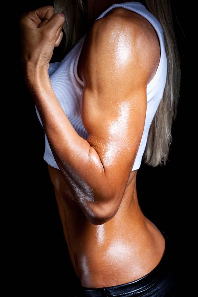 La musculation des bras pour les femmes