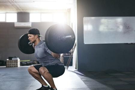 Le squat pour les quadriceps