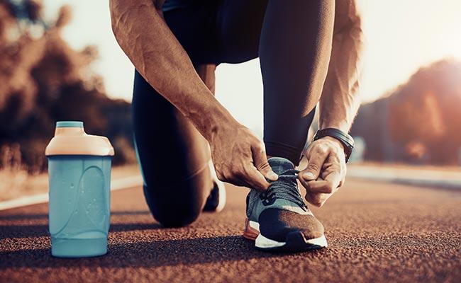 s'ydrater avant de courir pour éviter les courbatures
