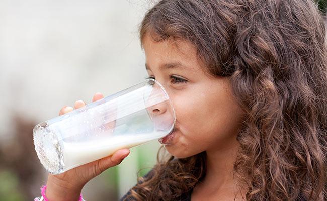 Le calcium pour la croissance osseuse des enfants